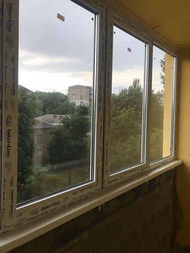 Остекление г-образного балкона, Киев, ЖК Флагман